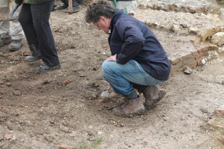 Nick Thorpe digging at SMM_w
